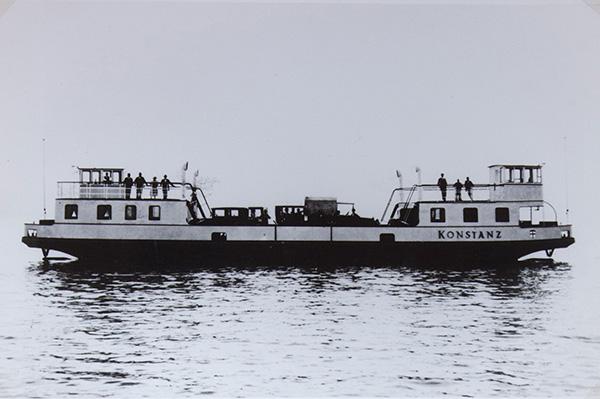 Die erste Binnensee-Autofähre Europas von Konstanz-Staad nach Meersburg nahm 1928 ihren Dienst auf. Sie trägt ebenfalls den Namen Konstanz.<br />Sammlung Kübler, Stuttgart.