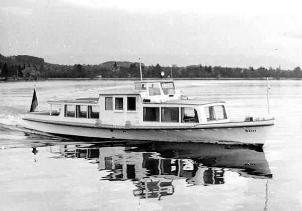 """Die sogenannte """"Raubvogelklasse"""" bestand aus den MS Adler, Falke, Habicht und Sperber und wurde 1953 für die DB in Dienst gestellt. 1957 kam noch MS Milan hinzu."""